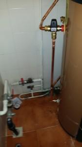 instalacion bomba de calor midea parmaz modelo arj 190 con valvula mezcladora para agua caliente